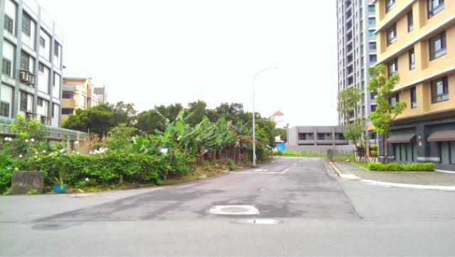 林口A9捷運站旁建地